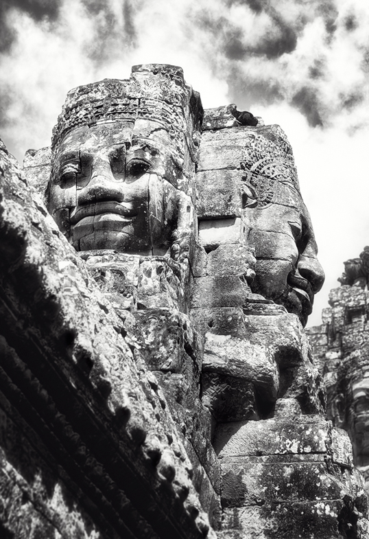Link to image of Bayon's Monumental Faces